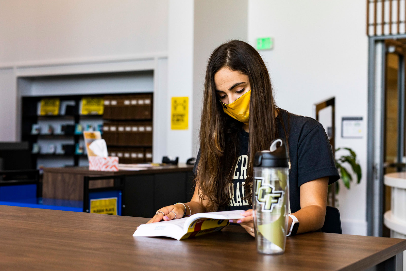 ucf downtown girl in library