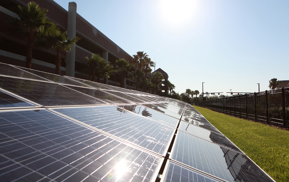Ucf Progress Energy Florida Dedicate Energy Saving Solar