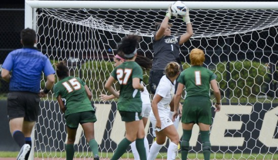 Women's Soccer: Knights Beat 'Canes