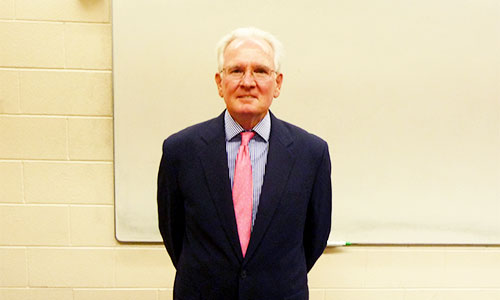 Management Class Hears From Former Ambassador
