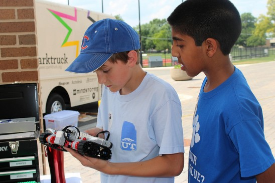 SparkTruck Aims to Spark Kids' Imagination at UCF