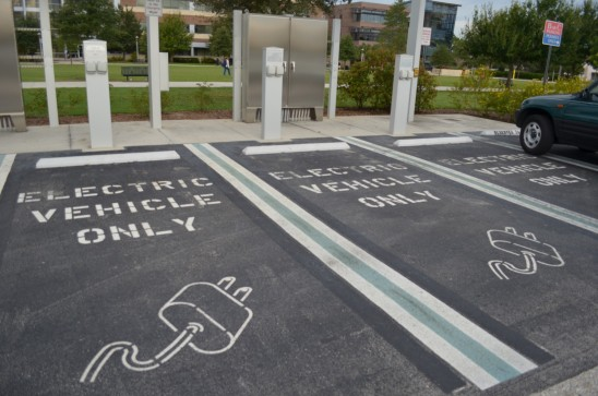 DOT Selects UCF to Develop 'Smart Grid' for Plug-in Electric Vehicles
