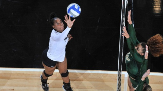 Volleyball Knights Move Into Second Place