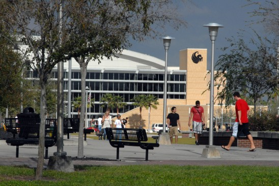 Financial Aid Deadline: UCF Urges All Families to Apply