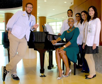 """The Voice's Sisaundra Lewis Headlines """"Jazz On A Green"""" At UCF Medical School Nov. 15"""