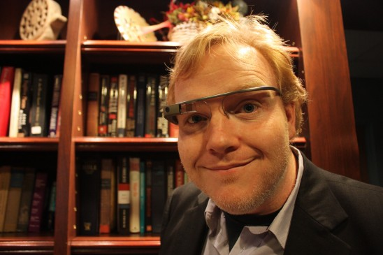 Drivers, Don't Trade in Your Smartphone for Google Glass … Yet