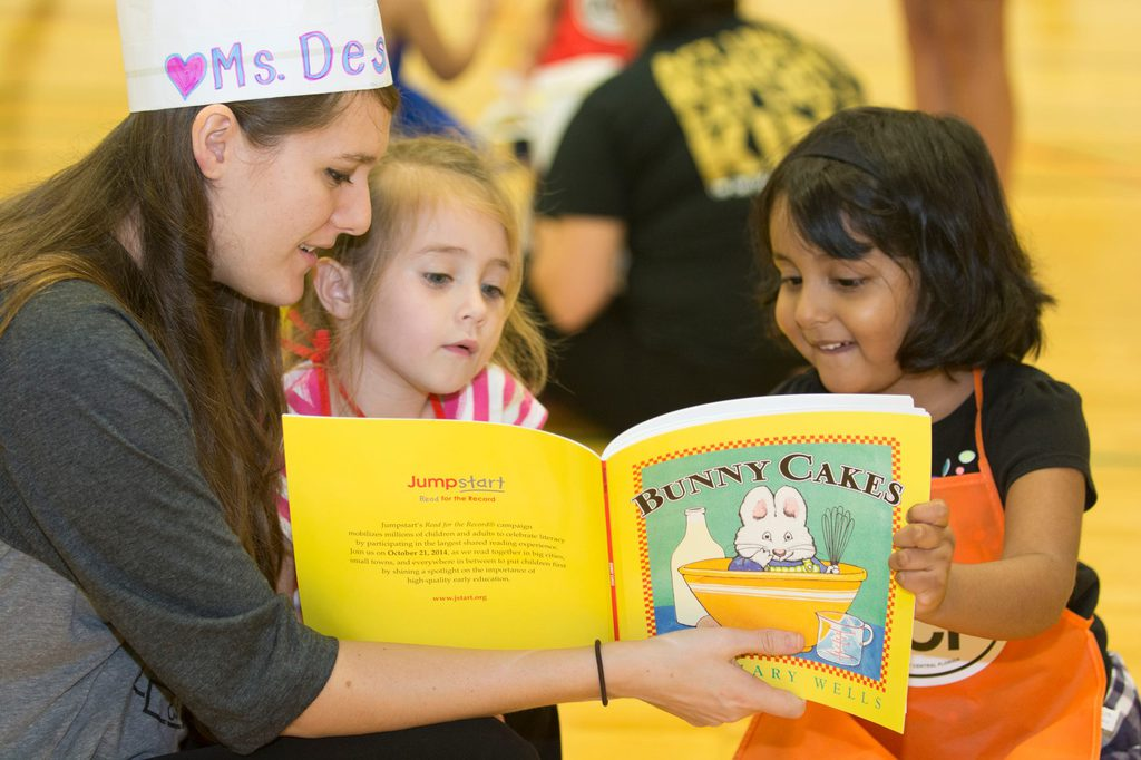Ucf College Of Business >> Read for the Record Encourages Love of Reading for Pre-K ...