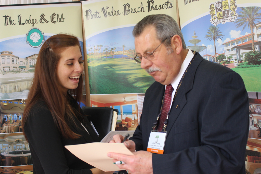 experience the rosen college career fair in less than 30