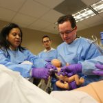 Robot Mom Gives OB-GYN Students First Delivery Experience