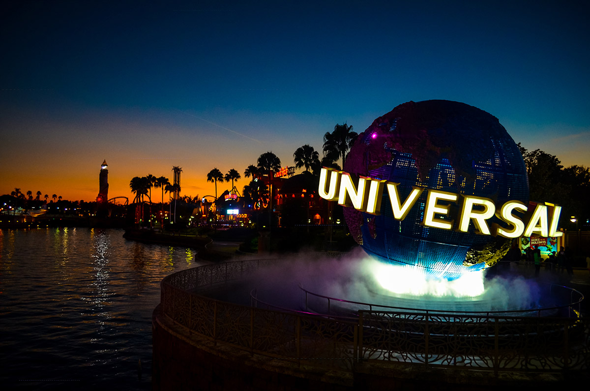 Universal Studios sign in Orlando, FL at dusk.