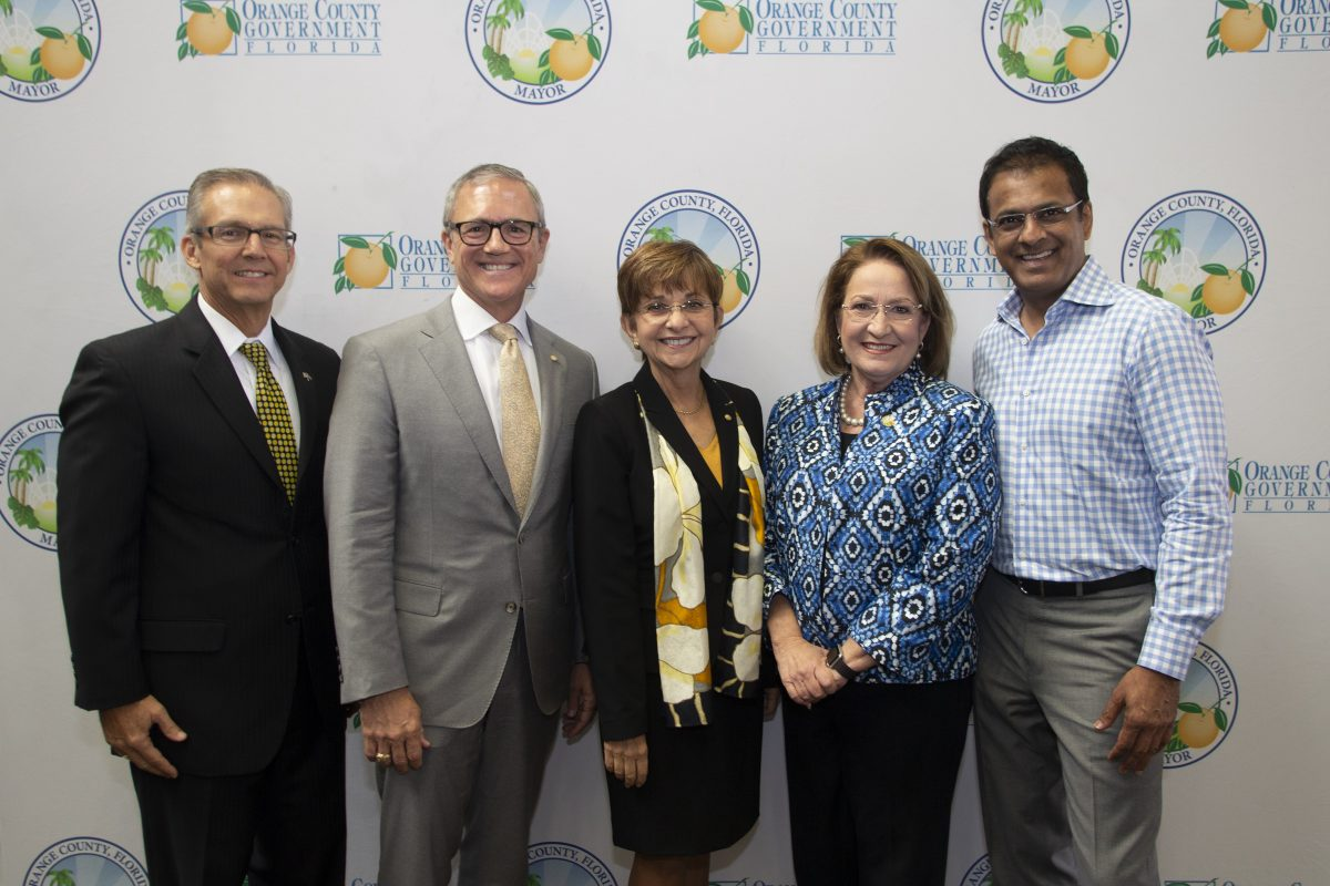 Board of Trustees Chairman Marcos Marchena, President Dale Whittaker, Dr. Deborah German, vice president for health affairs and dean of the UCF College of Medicine, Orange County Mayor Teresa Jacobs, and Rasesh Thakkar, senior managing director of Tavistock Group.
