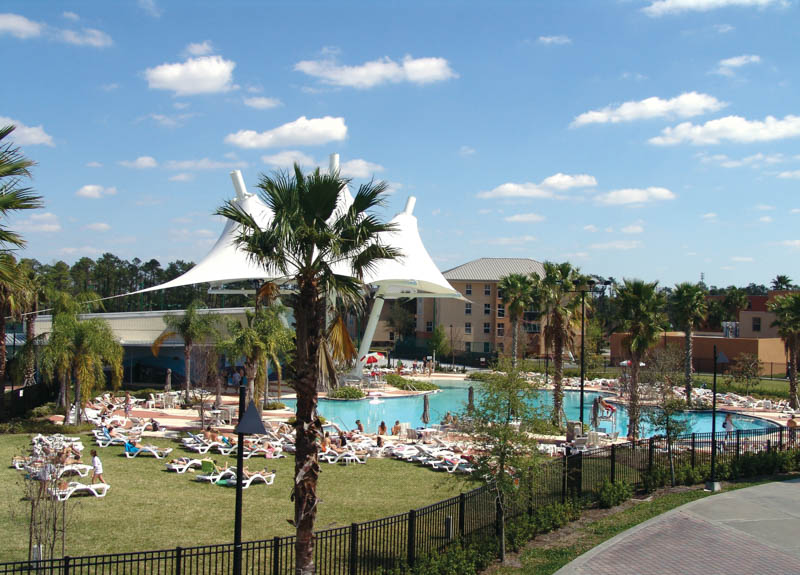 wide view of UCF Recreation and Wellness Center's Leisure Pool