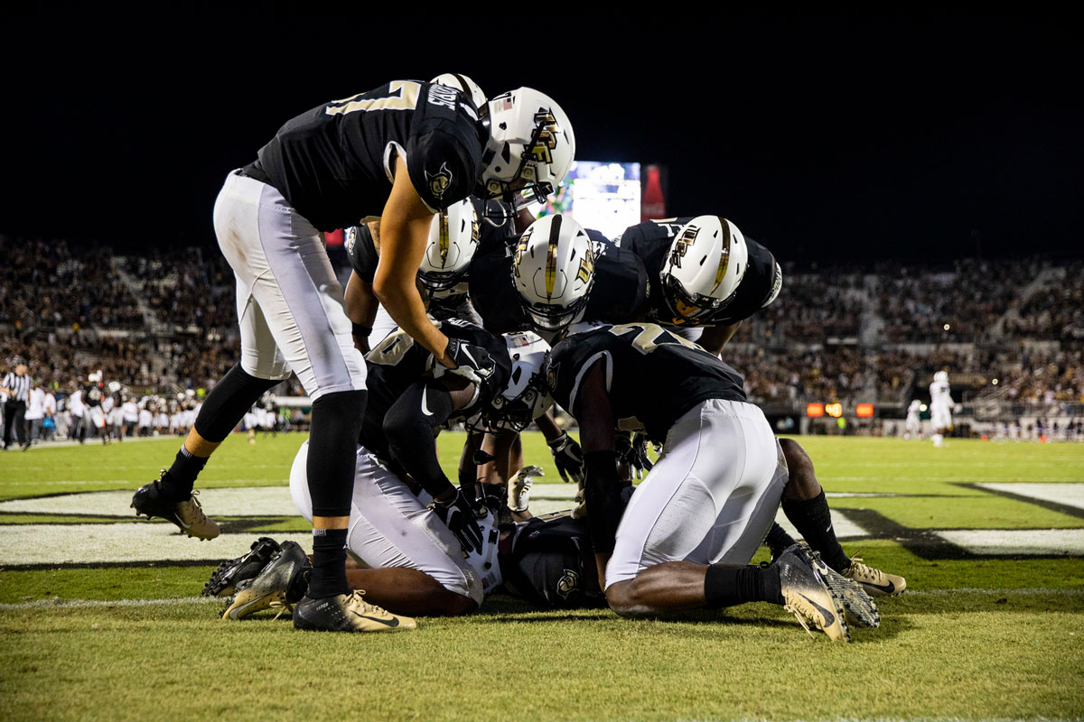 ucf-football-sc-state-touchdown