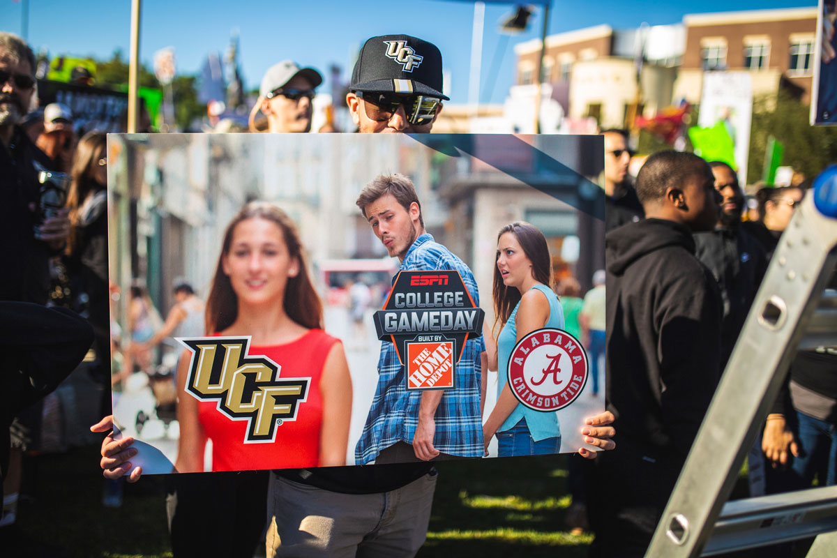 Poster of popular meme with College GameDay looking at UCF instead of Alabama logos