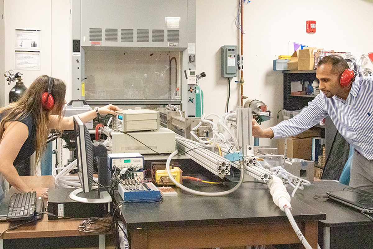 UCF researchers are working with a shock tube