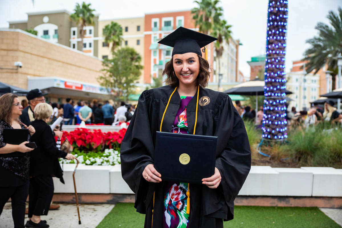 Disney Aspire Graduate Plans to Continue Education at UCF
