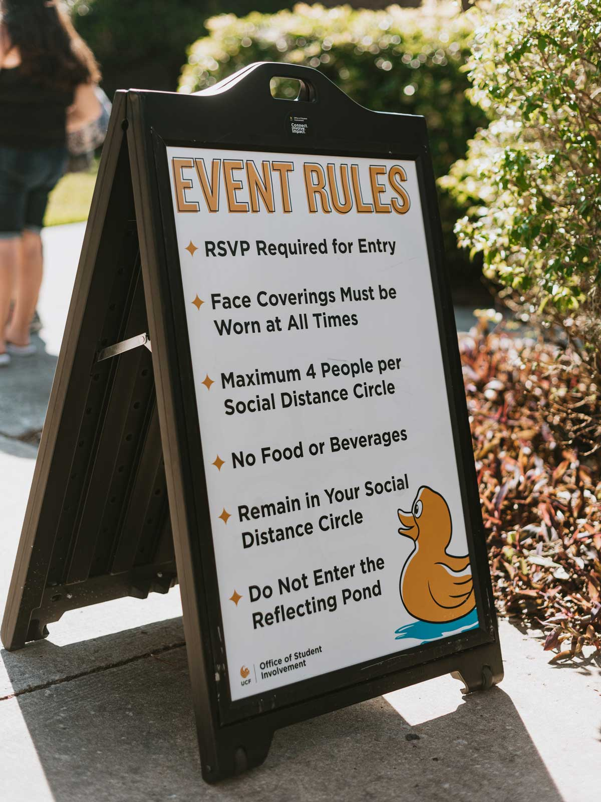 Event rules sign
