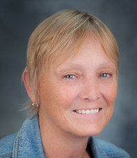 Online MSW Faculty - Mary Ann Burg