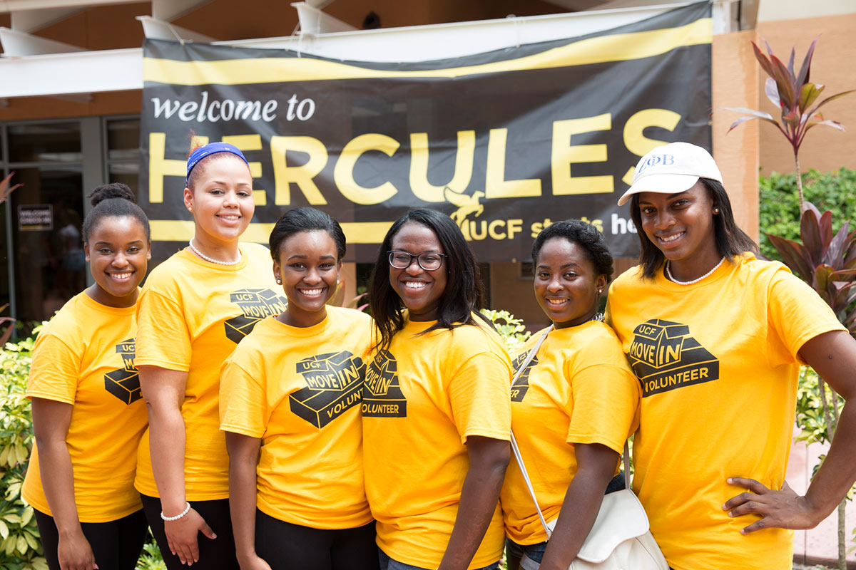 SLIDESHOW_FALL2014_oncampus-movein2