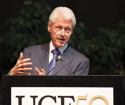 Former president Bill Clinton speaking at UCF commencement