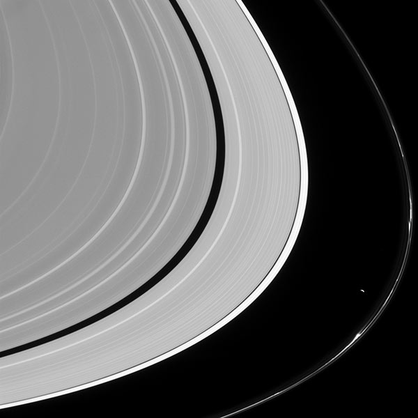 Image of Saturn's rings