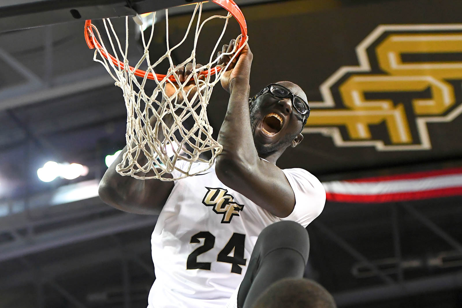 ucf-best-of-photos-tacko-fall