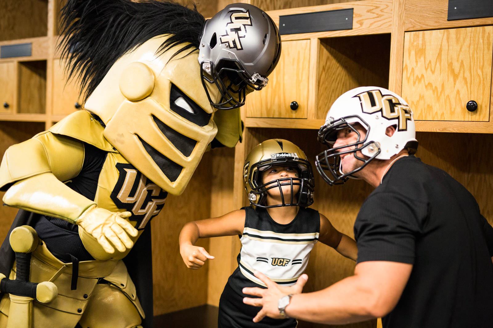 ucf-best-of-photos-knightro-fan-fest
