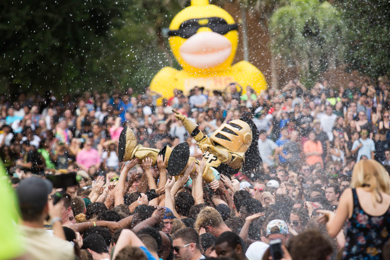 ucf-best-of-photos-spirit-splash-2016