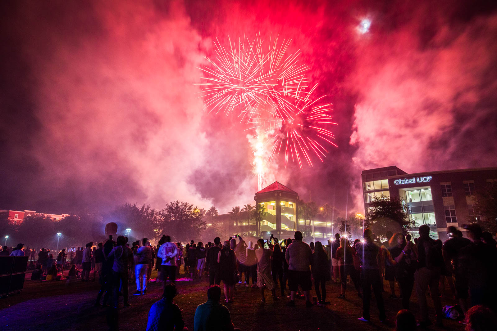 ucf-best-of-photos-homecoming-fireworks